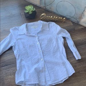 Tops - 🤩3/$25 Banana Republic fitted button down